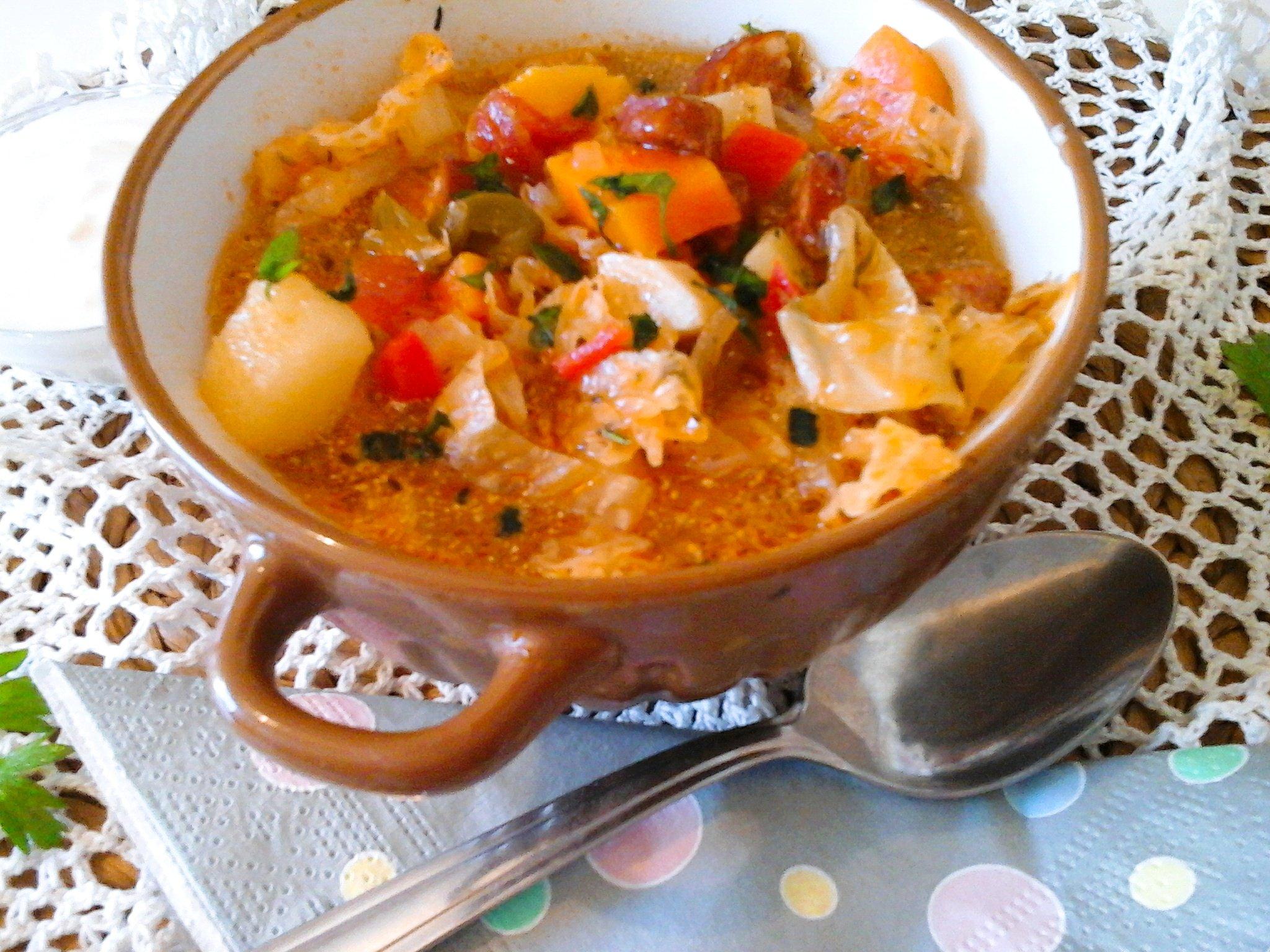 Nagyon jó gyomorvígasz: Kolbászos frankfurti leves